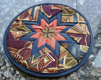 Amish Star Trivet in Moss Green, Reds, Navy Blue, Burgundy & Browns