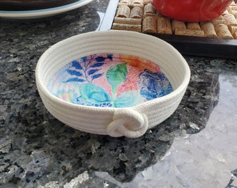 White Cotton Rope Basket with Floral Applique Base in Pinks, Blues & Greens