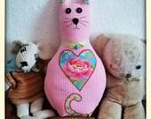 Cat cushion with jingling...