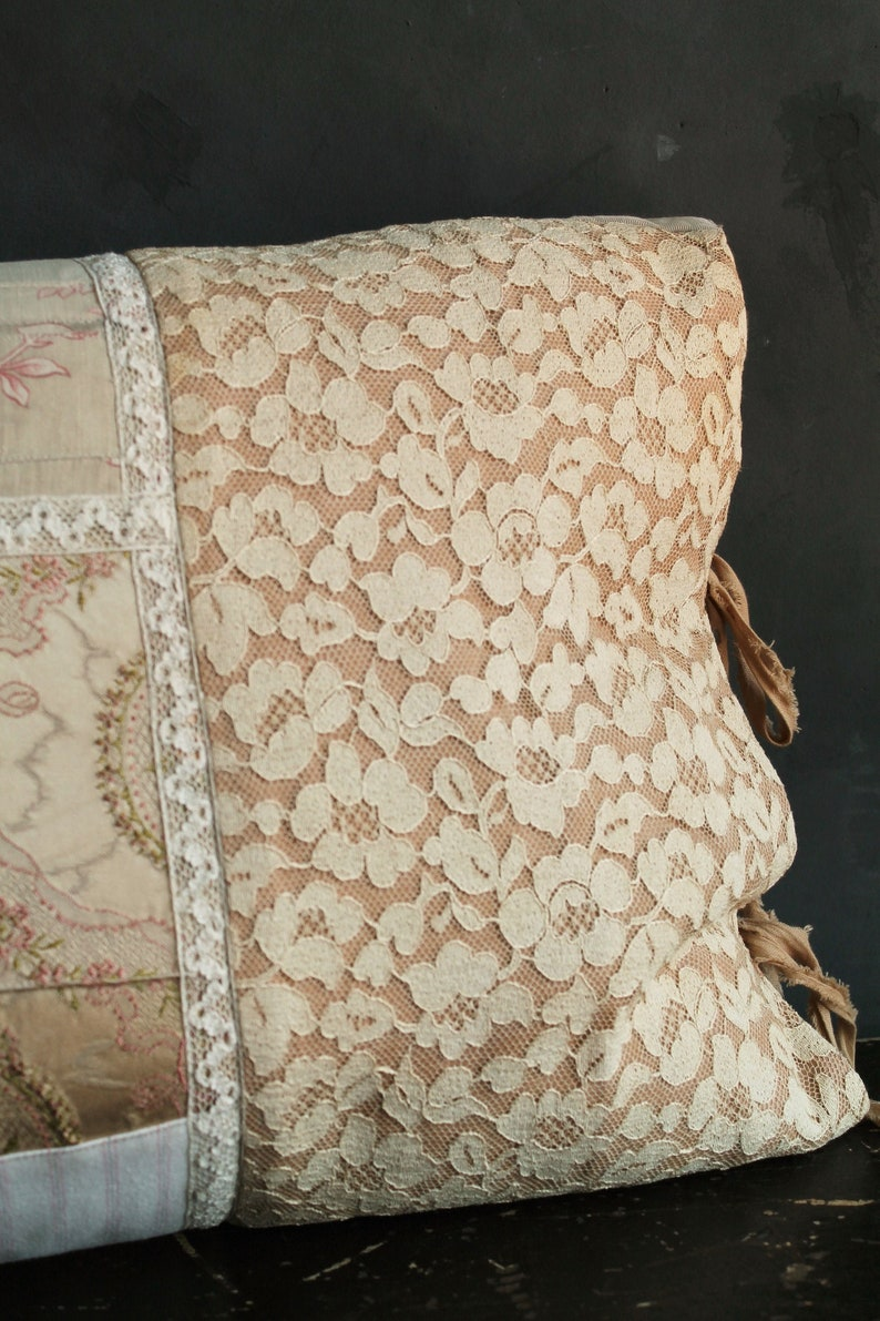 Vintage Gold Embroidered FLORAL Taffeta Quilting Cushions Dress Duvet Bag Fabric