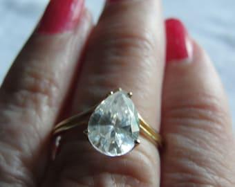 Save 10% Vintage diamond simulant teardrop 10kyellow gold  size 7.75