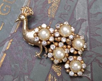 Chirping Bird Brooch Vintage Pin 1940s BIRD Brooch Vintage Jewelry Vintage Wood Jewelry
