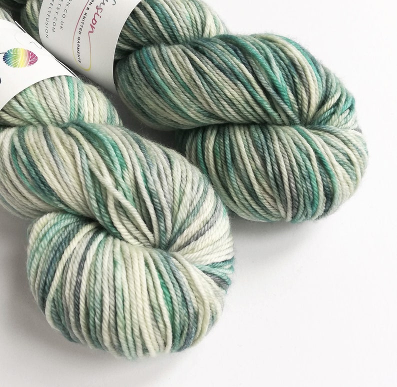 Hand dyed superwash extra fine springy merino DK wool yarn image 0