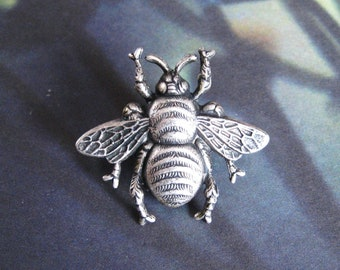 1c09d9afebd Larger Bumble Bee - Antiqued Silver Plated Bumble Bee Brooch Lapel Pin or Tie  Pin Tie Tack with Gift Box