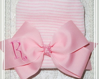 INITIALED NEWBORN HAT with bow, Personalized Baby Girl Hospital Hat, Monogrammed baby hat, personalized baby gift, infant beenie, Pink hat