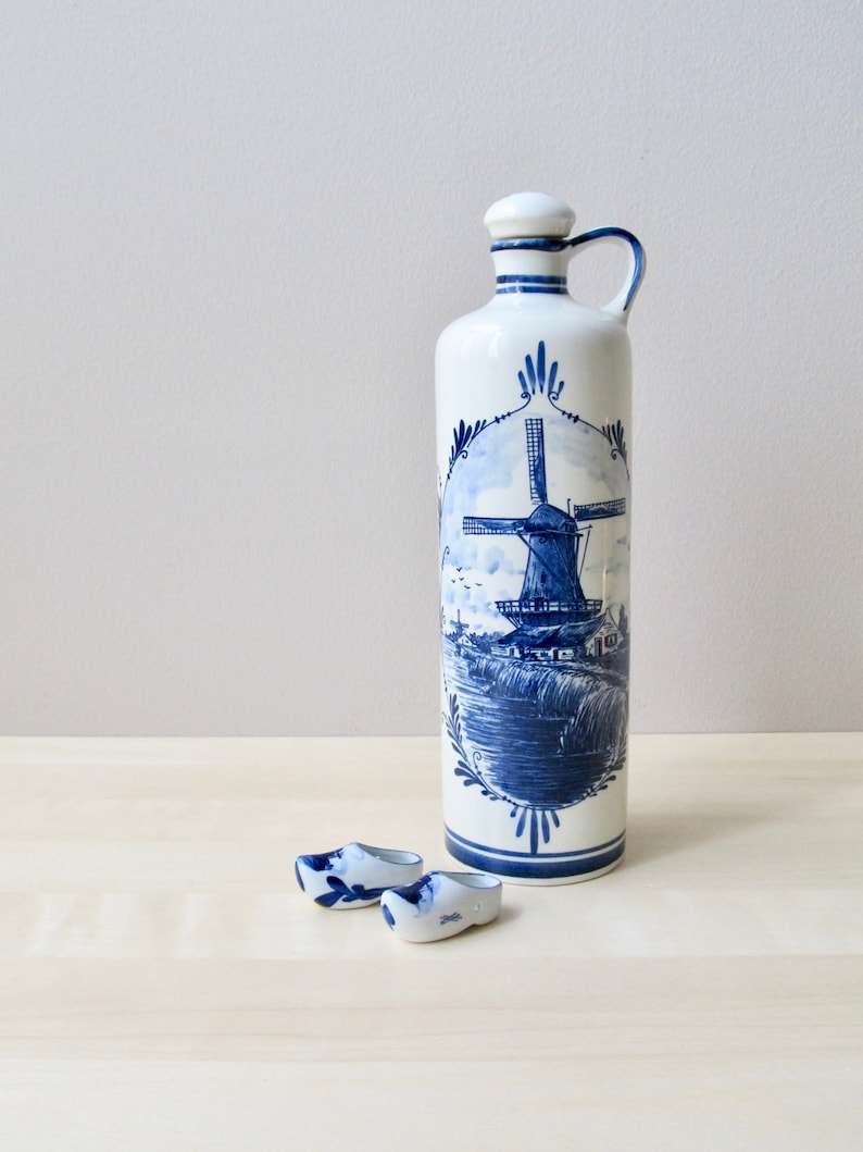 Delft Blue Decanter Jug With Cork Stopper Windmill Blue White Made In Holland Pottery & Glass Art Pottery