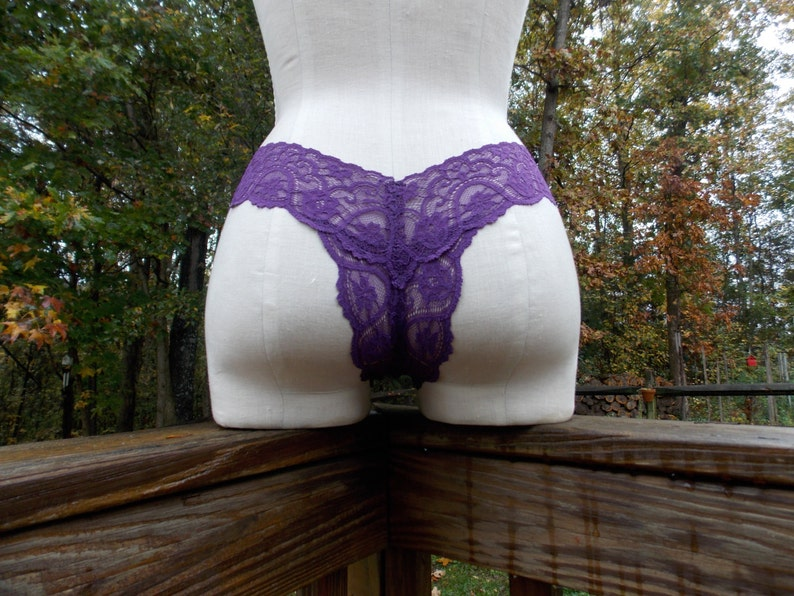 Thong Panties in Purple Stretch Lace