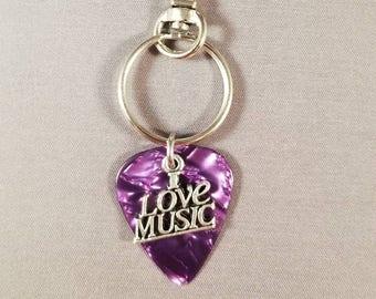 "Guitar Pick Keychain ""I Love Music"""