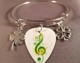 "Guitar Pick bangle ""Irish Music Shamrocks"""
