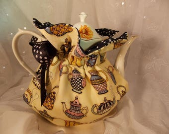 Teapot Cozy~Insulated Tea Cozy~Mary Englebright Teapot Cozy~6 Cup Teapot Cozy