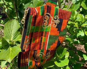 Kente with Gold Sankofa Lightweight Zipper Pouch Detachable (Japanese writing inner fabric)
