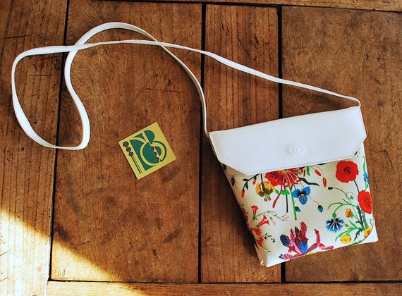 Gucci Iconic Floral 70's Print Purse - image 1