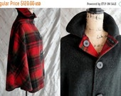 ON SALE Vintage Cape Vintage 60 39 s Red Plaid Dark Green Wool Short Poncho Cape Reversible