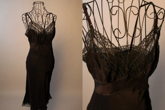 40s 50s Slip //  Vintage 40s 50s Black Rayon Satin