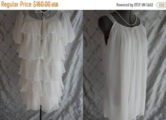 Vintage 50s 60s Lingerie //  Vintage 50s 60s White