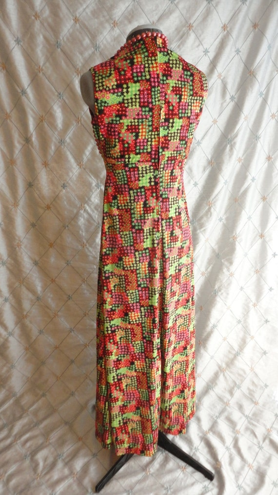 60s Dress // Vintage 1960s Red and Green Print Sl… - image 5