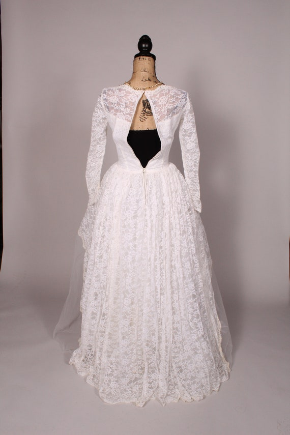 50s 60s Wedding Dress //  Vintage 50s 60s White L… - image 8