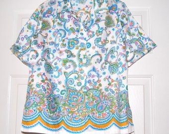 1970s Blouse, Paisley Border Print, School Girl Blouse, Peter Pan Collar, Short Sleeves, Size M, L, 70's Vintage Clothing, Gift for Hipster