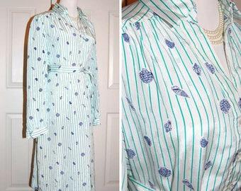60\u2019s 70\u2019s vintage chambray denim dress blue jean baby dagger collar empire waist babydoll style mini dress with pockets summer style XS S