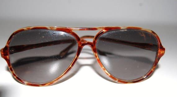3477eb86c2 1980s Sunglasses Vintage Oversized Frame Faux Tortoise Shell