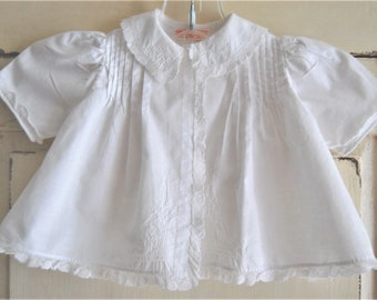 Vintage Baby Clothes, Baby Girl, White Batiste Cotton Jacket, Top, Hand Embroidery, Short Sleeves, Vintage Baby Girl, Gift for Baby Shower