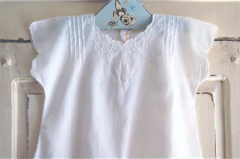 06eadff9a77 Vintage Baby Clothes, Baby Girls Dresses, White Batiste Heirloom Gown,  Embroidery Accents, Short Sleeves, Toddler Size, Vintage Baby Gift