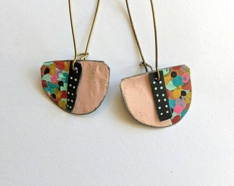 Confetti earrings with vintage pink