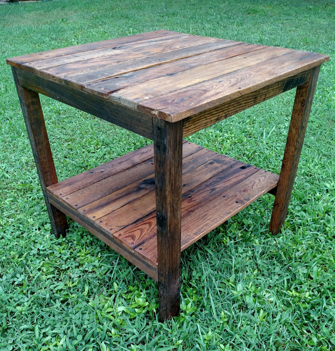 Reclaimed Pallet Wood End Table - Vintage-Rustic Look *FREE SHIPPING*