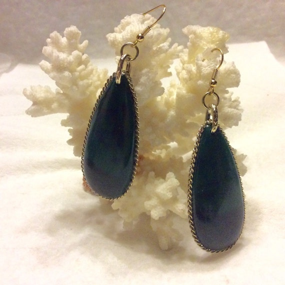 Vintage 1960's marbled acrylic drop dangle earring