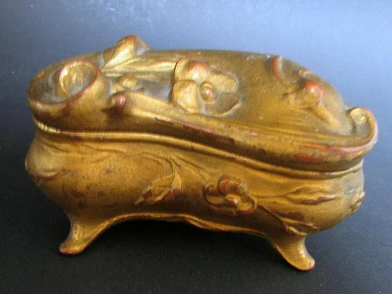 Art Nouveau Ring Box Casket Jewelry Casket Kidney Shaped Box Gilt Jewelry Box Engagement Ring