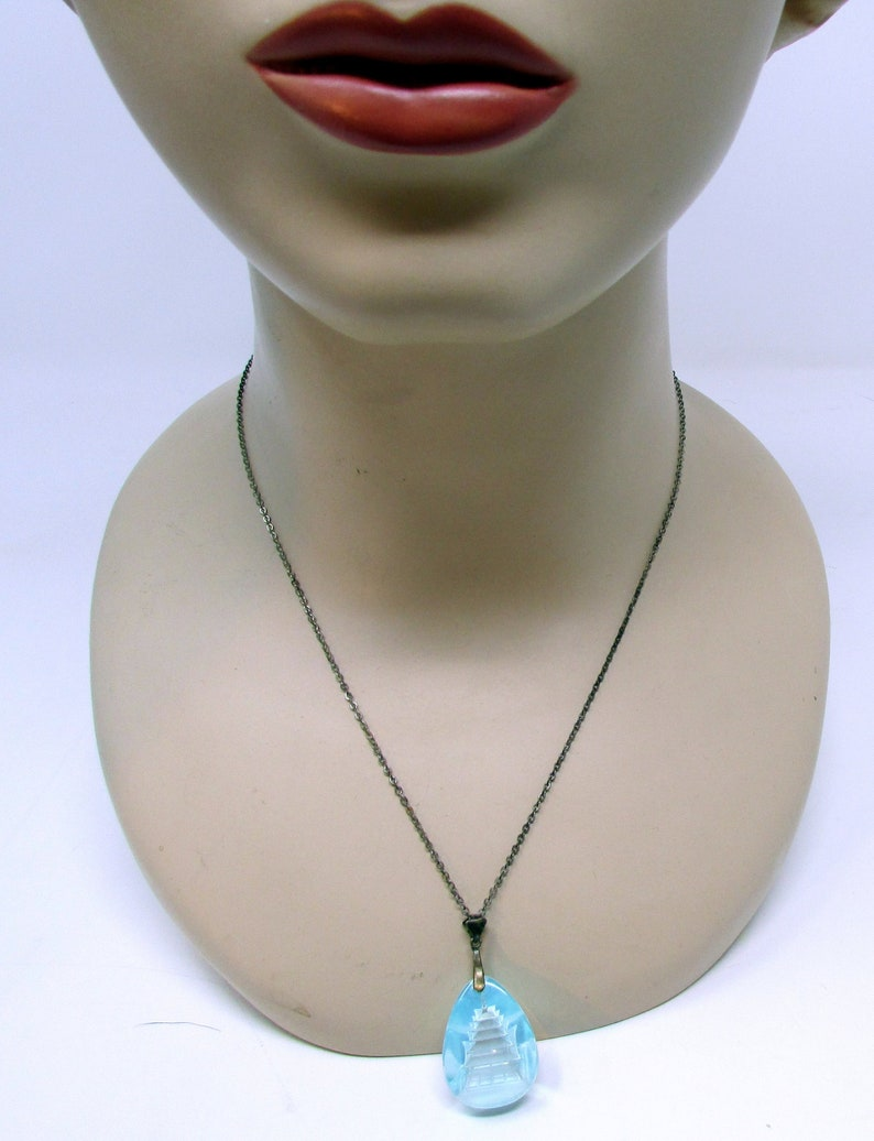 Vintage Ice Blue Crystal Carved Pagoda Necklace and Earrings Set Screwback Earrings Original presentation box