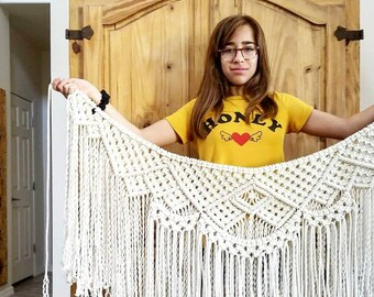 Large macrame garland/wall hanging/weaving/bobo decor