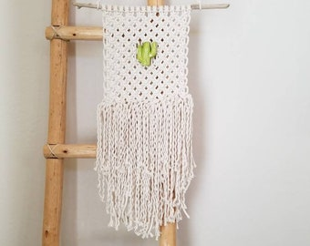 SALE! Macrame wall hanging with vintage cactus bead