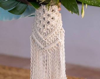 Macramé bouquet wrap.