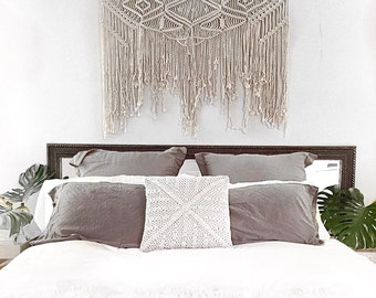 "Large Macramé wall hanging/wall art/tapestry/weaving/bobo chic/bohemian home, wedding decor. ""Samantha""."