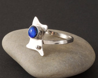 Freeform Ring with blue dichroic cabochon