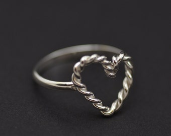 Twisted Heart sterling silver ring