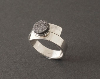 Silver Wrap-Around Ring with Druzzy