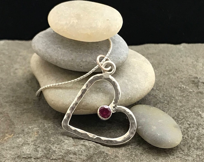 Hammered Silver Heart Pendant with Gem