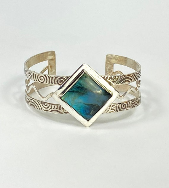 Wavy Spiral Cuff with large square  Labradorite