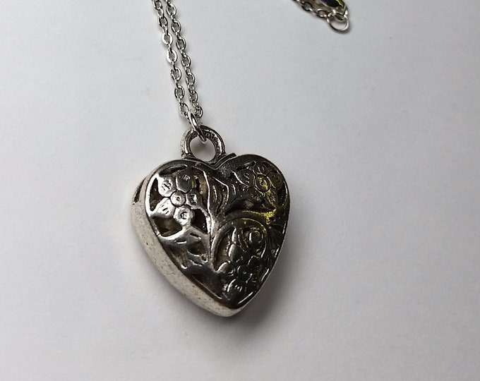 Silvery Filigree Puffy Open Heart Pendant on 17.5 Inch Delicate Chain