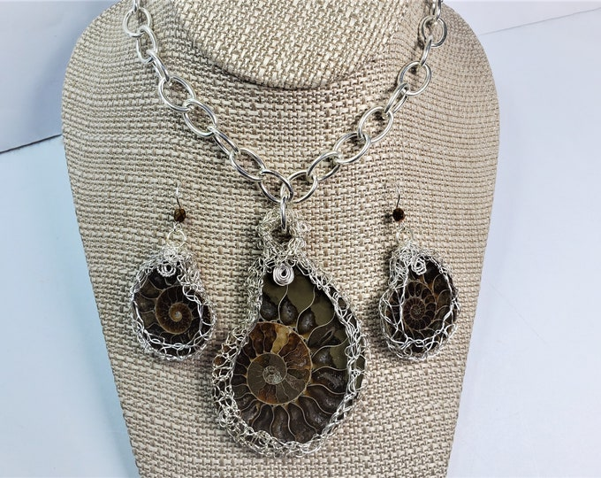 Fossil Squid Pendant & Earrings Set - Handmade  Jewelry w/Bezels Wire Crocheted, Knitted and Woven - Natural Spiral Ammonoid Cephalopod