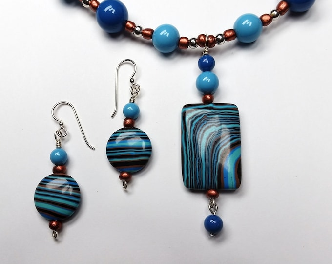 Aqua Striped Rainbow Calsilica Adjustable Length Necklace with Earrings Set - Swirly Striped Stone Pendant Set