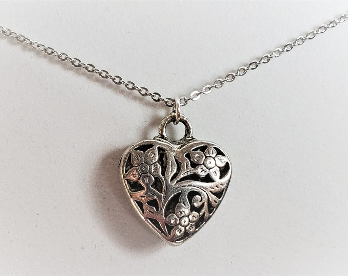 Sweet Heart Silver Plated Filigree Puffy Open Heart Pendant on 17.5 Inch Delicate Silver Plated Chain