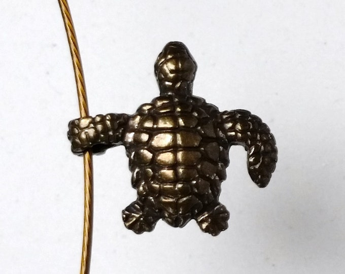 Tortoise Pendant with Detailed Shell and Skin Pattern on All Sides in Antique Brass - Choker with Turtle Charm Pendant