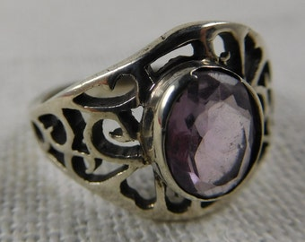 Vintage Sterling Silver Ring with Amethyst Stone
