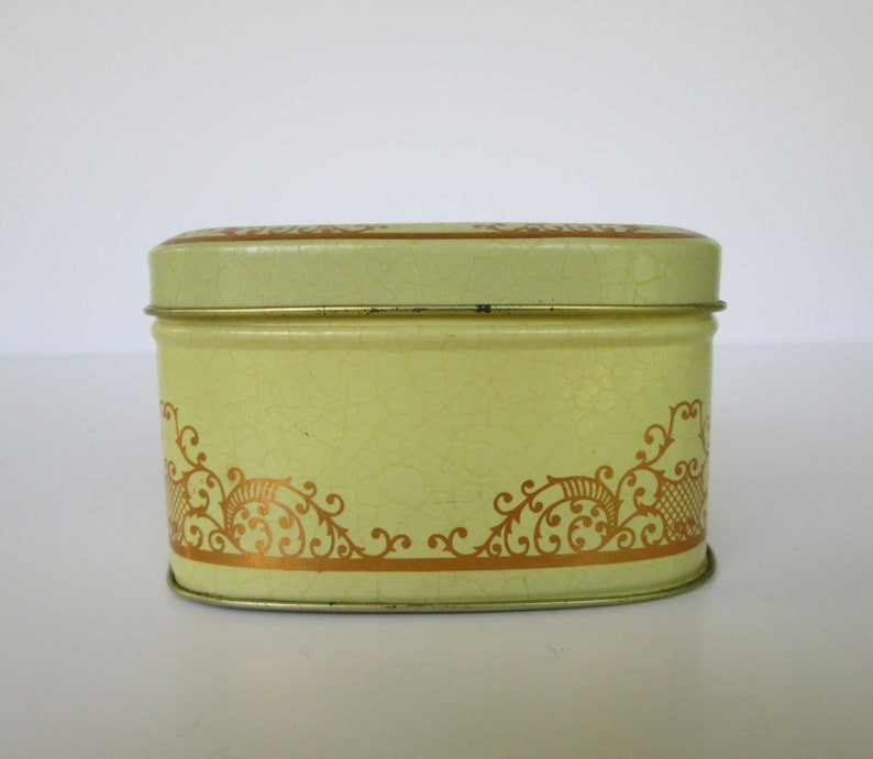 Small Floral Hinged Tin