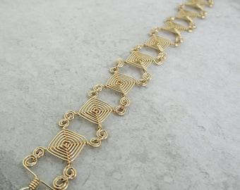 Everyday bracelet, Everyday jewelry, Elegant bracelet, 14kt Gold Fill Wire Bracelet, Mini-eyes Ojos Gold Bracelet