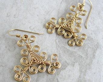 Hand Woven 14kt Wire Earrings- Filigree Scroll Triangle Ojos Earrings
