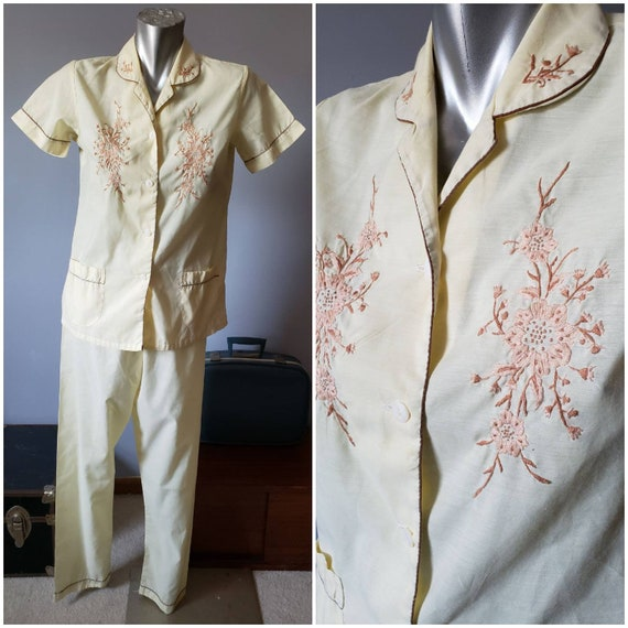 1950s Two Piece Yellow Embroidered Pajama Set Shor